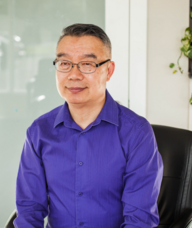 Book an Appointment with Dr. Ran Xiang (Raymond) Liu for Acupuncture